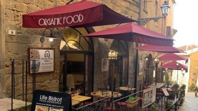 Vegan Food Experience at The Life Bistrot Restaurant in Volterra, Italy